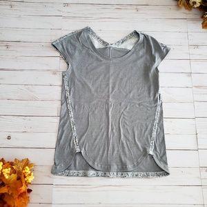 Lululemon Light Gray Short Sleeve Shirt Size 4 XS